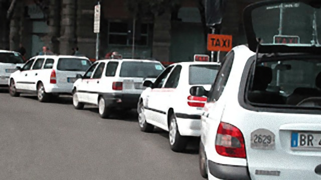 Taxi in Rome: useful numbers