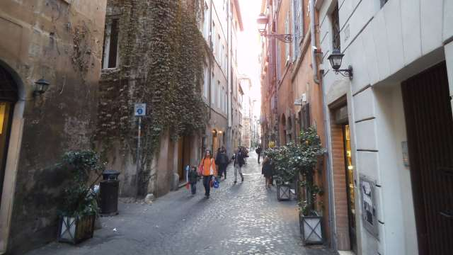 Via dei Coronari a Roma