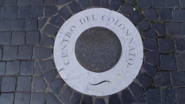 Centro del colonnato a piazza San Pietro