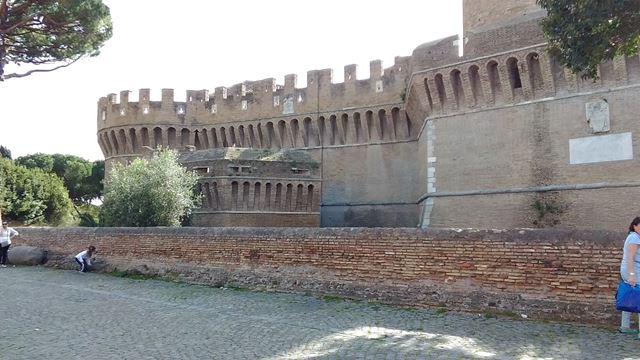 Castello di Giulio II dal Borgo di Ostia Antica