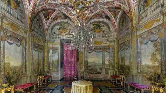 Palazzo Colonna: la sala del Dughet