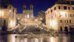 Piazza di Spagna di notte